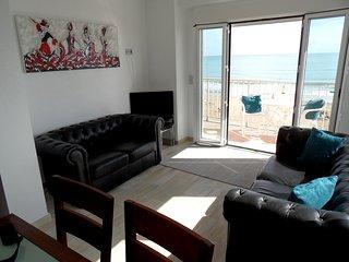 3 Bedroom Beach Front Luxury Furnished Apartment, Guardamar del Segura