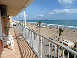 3 Bedroom Beach Front Luxury Furnished Apartment, Guardamar del Segura