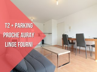 T2 RECENT + LINGE FOURNI + PARKING, Pluneret