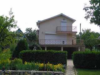 A big coutry-house for a good leisure-time, Ialoveni