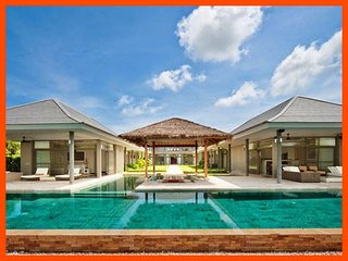 Villa 192 - Beach front luxury (5 BR option) continental breakfast included