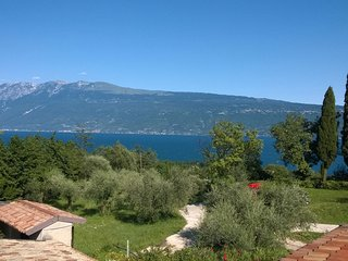 Cervano: 3 suites apartment for 10 person, Toscolano-Maderno