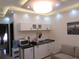 lovely & cozy 2 rooms studio with double bed, Amman