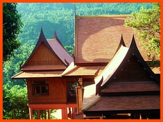 Villa 11 - Authentic Thai wooden house, Mae Nam