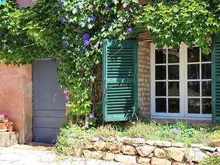 Rustic Provencale Farmhouse. Watercolour Trips