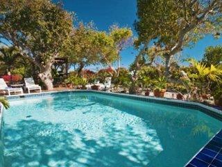 Fabulous 5 Bedroom Villa in Cabrita Point
