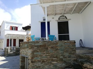Morpheus: Aegean Blue Villa, only ten steps from the beach