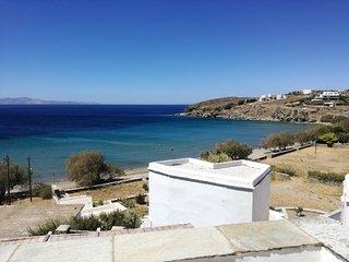 Agios Romanos  Beachhouse  O