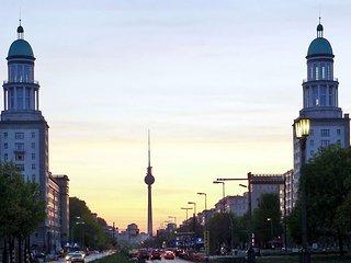 2-Raum-Apt. - Historisch, Modern, Hip ...Berlin!