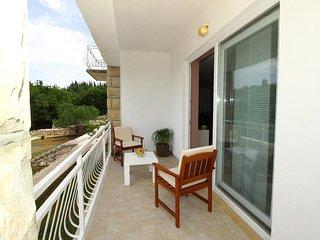 Villa Oasis Cypress-Three Bedroom Villa with Pool