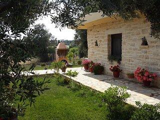 Villa Elia, Pitsidia
