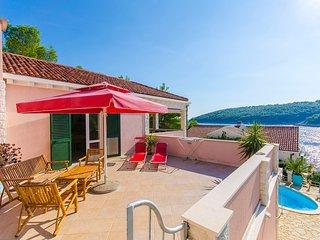Villa Rosada - V4081-K1, Vela Luka
