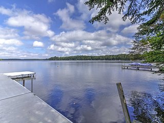 NEW! Rustic 2BR Land O'Lakes Waterfront Cabin!