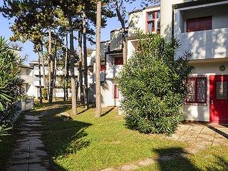 3 bedroom Apartment in Lignano Sabbiadoro, Friuli Venezia Giulia, Italy : ref 52