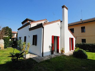 2 bedroom Villa in Padua, Veneto, Italy : ref 5082495