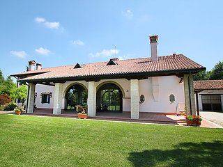 2 bedroom Villa in Mestre, Veneto, Italy : ref 5054796