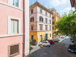 Trastevere Charming Apartment with Pool, Roma