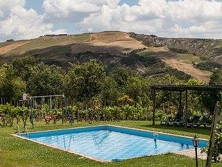 5 bedroom Villa in Radicofani, Siena, Italy : ref 2215341
