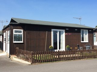 PARK VIEW holiday chalet, Bridlington