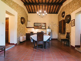 3 bedroom Apartment in Luiano, Tuscany, Italy : ref 5055402