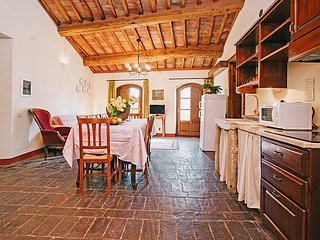 4 bedroom Apartment in Luiano, Tuscany, Italy : ref 5055394
