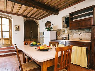 2 bedroom Apartment in Luiano, Tuscany, Italy : ref 5055396