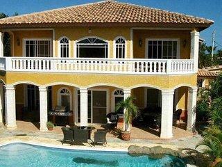 party paradise villa 5BDR Cadillac escalade incl, Cabarete