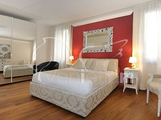Ca'Rialtina - Bright, modern three bedroom apartment with a lot of space and