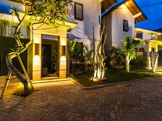 Sanur Art Villas