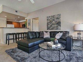 3-bed condo w/garage #216, Phoenix