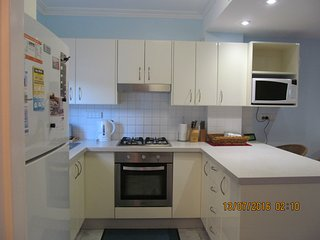 Narrabeen Seaside T/house 2 Bed 2 Bath Beach 100 m