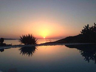 Villa Aristotle Mykonos 4 bedrooms gay friendly