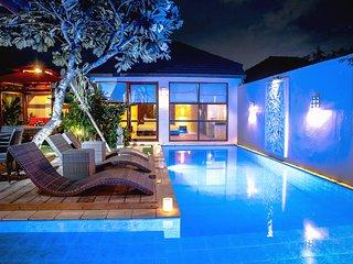 Villa Samana Delapan - 3 Bedrooms