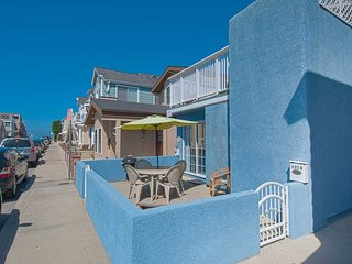 125 A 27th Street, Newport Beach