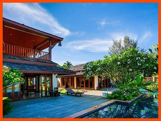 VILLA 100 - LUXURY BEACH FRONT WITH SERVICE, Lipa Noi