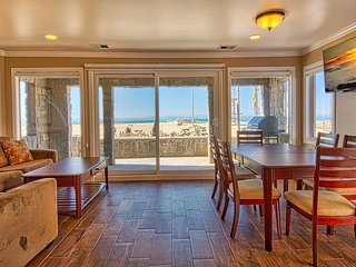 3515 A Seashore - Lower 3 Bedroom 2 Bath, Newport Beach