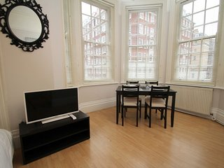 STYLISH APT IN TOP LOCATION, Londres
