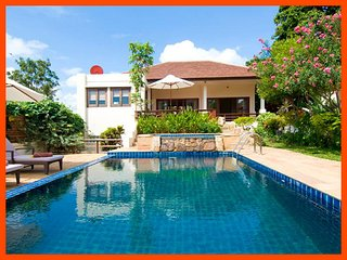 Villa 161 - Walk to beach (2 BR option) includes continental breakfast, Choeng Mon