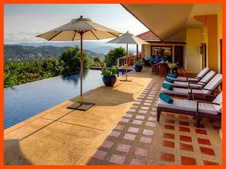 Villa 61 - Panoramic views (3 BR option) continental breakfast included