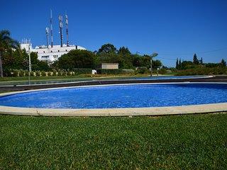 Luminus White Villa, Carvoeiro, Algarve