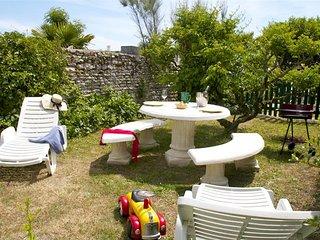 Jacinthe duplex meuble***, Residence Le Clos Rhea