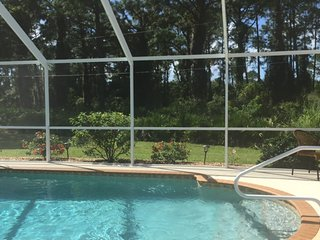 Beautiful Private 3 Bedroom Pool Home in South Fl