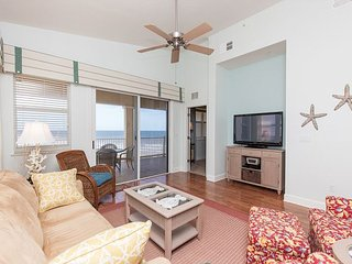 Top Floor Penthouse Oceanfront Beauty 461 - Ask About Our Winter Specials!!