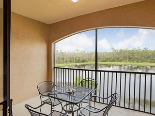 AVAILABLE 2017 SEASON! - 2BR/2BA  Condo w/TPC Golf, Naples