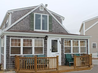 Large 4 Bdrm Historic Home in Cape Cod, Dennis