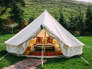 Sophie, Bell Tent for Just 2, Magnificent Views, Auchterarder