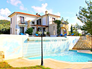 Argaka -4 Bed Luxury Villa- Sea View- Private Pool