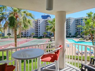 Spacious Gulf-front condo with a private balcony and shared pools & hot tubs!