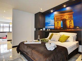 Poblado Suites - Paris Suite
