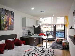 Stylish Studio in Nightlife Hotspot, Bogota